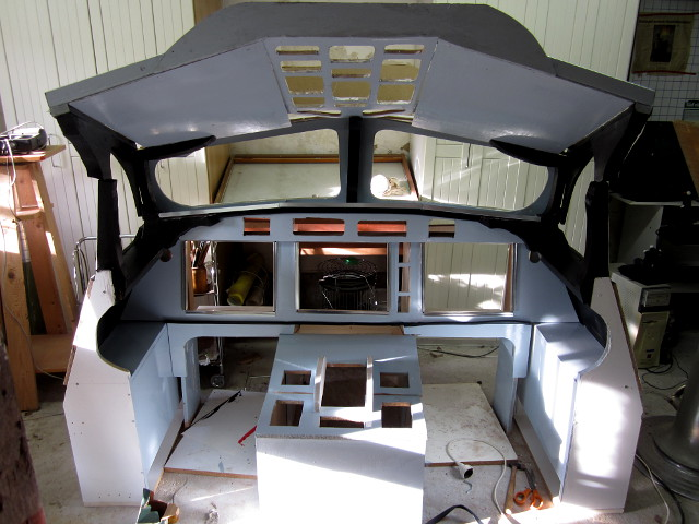 Painted simulator platform